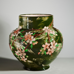 Earth into Art—The Flowering of American Art Pot...