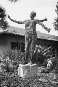 Crealdé Contemporary Sculpture Garden Tour