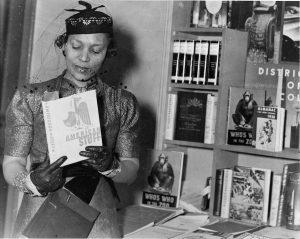"ZORA! Book Club, [""Gathering & Gabbing""], Mule..."