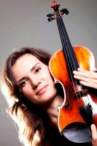Rimma Plays Mendelssohn
