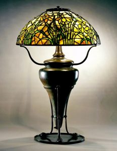 Focus Exhibition: Tiffany Studios' Daffodil Readin...